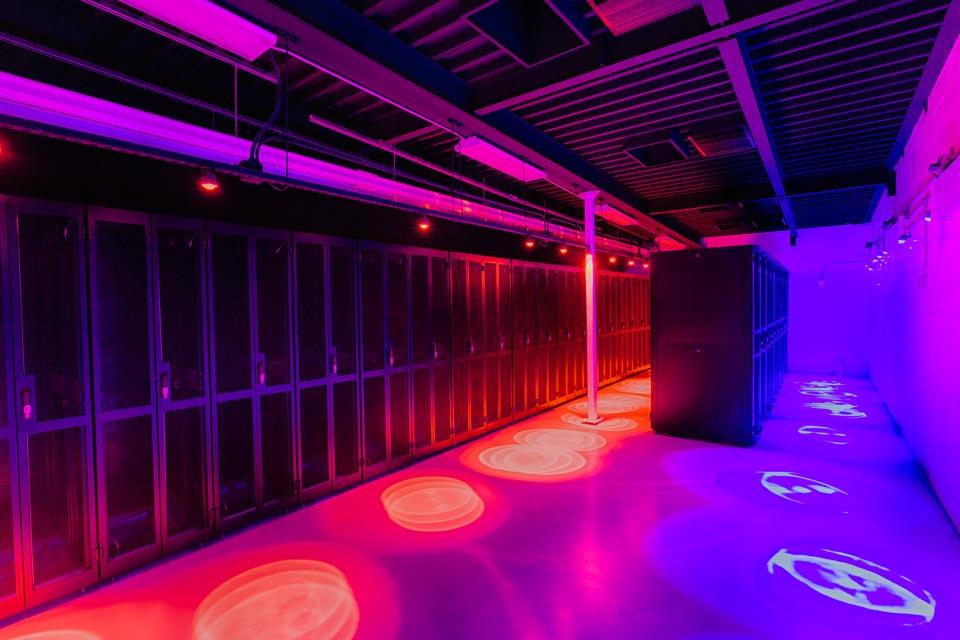 Features & Phoenix Data Center